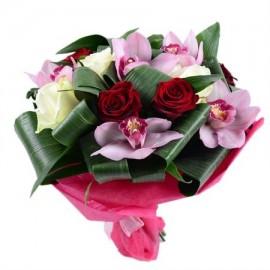 Buchet orhidee si trandafiri