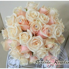Buchet 29 trandafiri crem