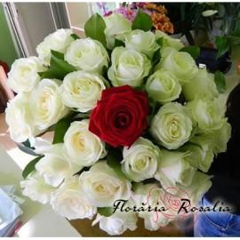 Buchet 31 trandafiri .