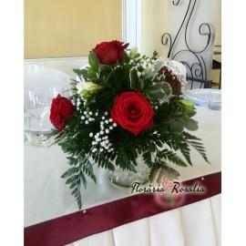 Aranjament nunta cu trandafiri si frezii