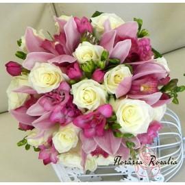Buchet trandafiri, orhidee si fezii
