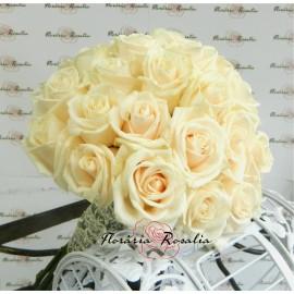Buchet 39 trandafiri crem