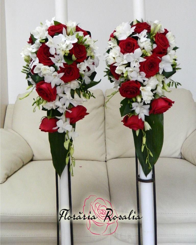 Lumanari Trandafiri Rosii Frezii Si Orhidee