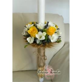Lumanare rustica cu trandafiri galbeni