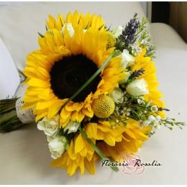 Buchet floarea soarelui si miniroze