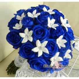 Buchet 25 trandafiri albastri, stephanotis
