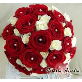 Buchet trandafiri cu miniroze albe