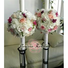 Lumanari cu hortensii, trandafiri si frezii