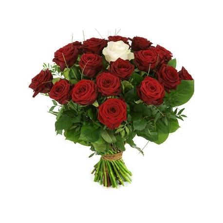 Buchet 23 trandafiri