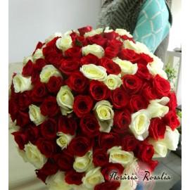 Buchet 101 trandafiri alb-rosii