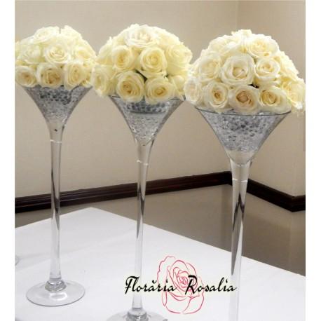 Aranjament Martini cu 21 trandafiri