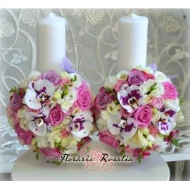 Lumanari scurte cu trandafiri si orhidee