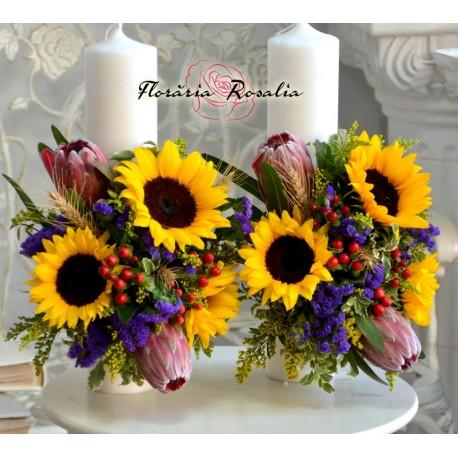 Lumanari scurte cu floarea soarelui si protea