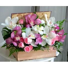 Cutie carte cu orhidee cymbidium