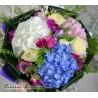 Buchet colorat cu hortensii