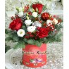 Cutie cu trandafiri si eustoma