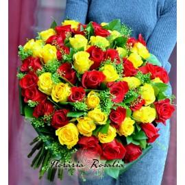 Buchet 55 trandafiri galbeni-rosii