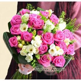 Buchet de frezii si 19 trandafiri roz