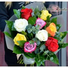 Buchet 9 trandafiri multicolori