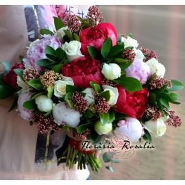 Buchet mireasa cu bujori roz-rosii