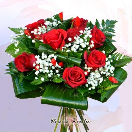 Sapte trandafiri cu inimioara