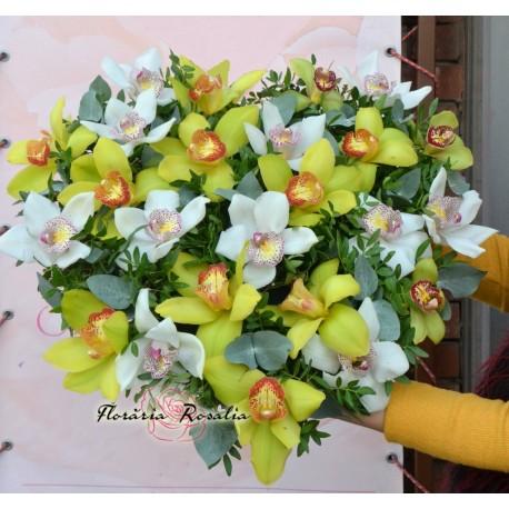 Inima cu 24 orhidee