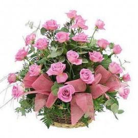 Cos 25 trandafiri roz