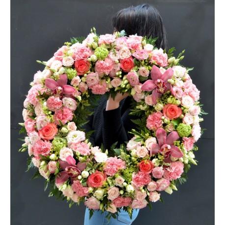 Coroana cu orhidee roz