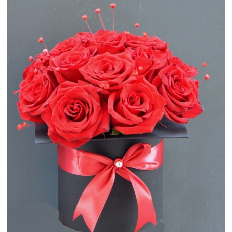 Cutie absolvire tip toca cu trandafiri