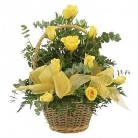 Cos 9 trandafiri galbeni