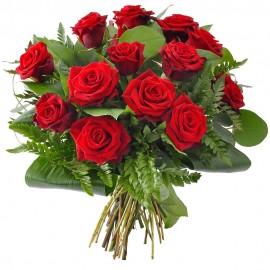 Buchet cu 15 trandafiri rosii